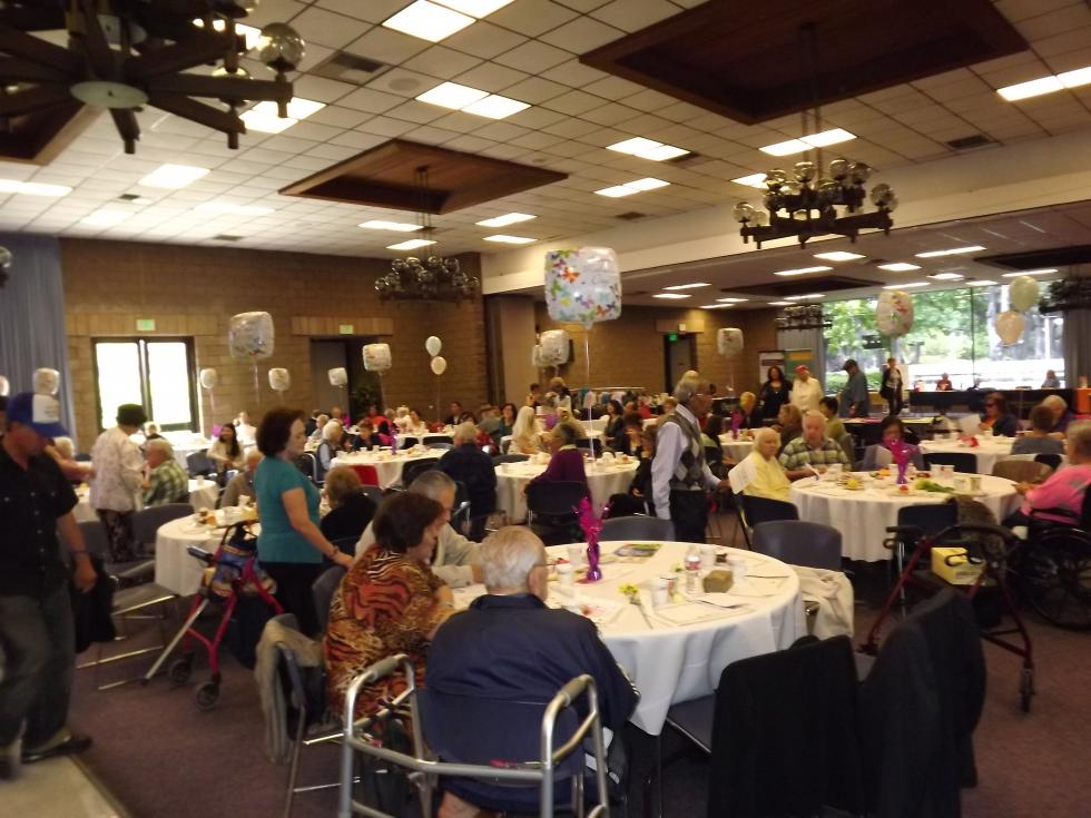 Seniors Celebrate Mother 39 S Day City Of Garden Grove