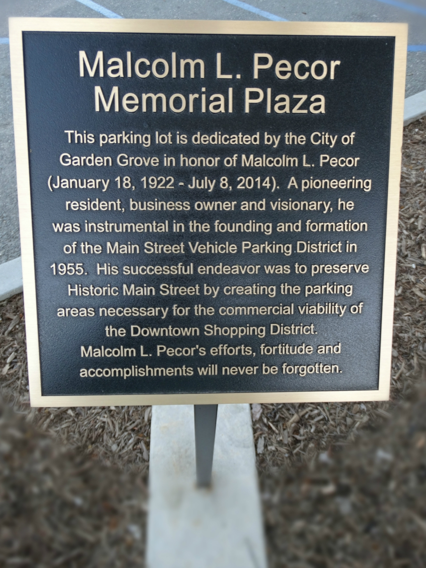 Photo of Malcolm Pecor plaque located on Main Street