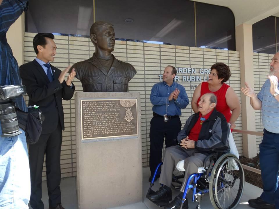 Library Re Naming Bust Dedication Draws Rubin Admirers