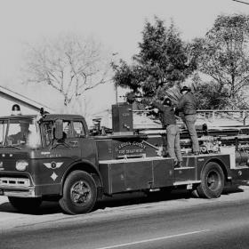 xlarge_GG Truck circa 1964_0.jpg