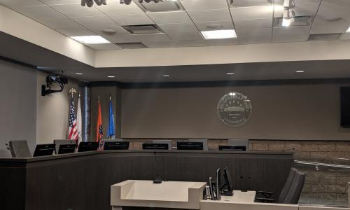 Photo of the Garden Grove City Council Chamber.