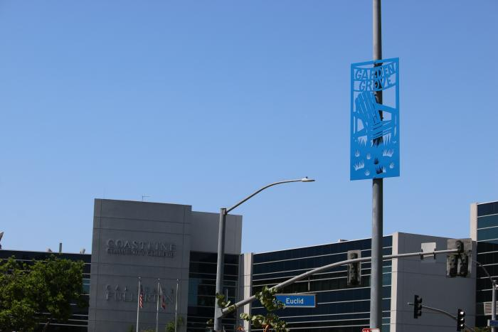 Metal banner, located on Acacia Parkway, between 9th and Euclid Streets.